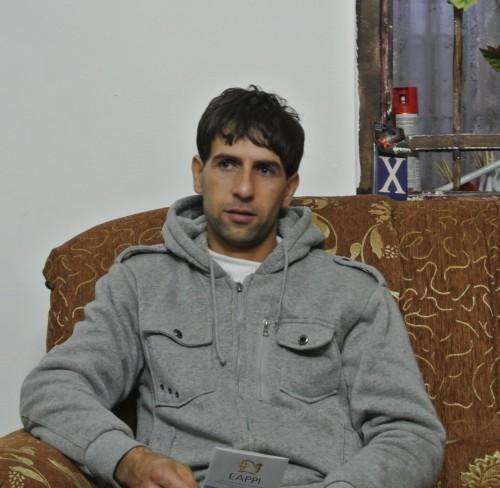Ammar i sin soffa