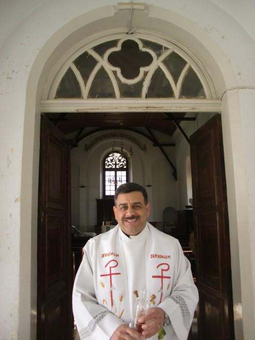 Fader Ibrahim från The Good Shepherd Church