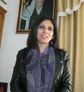 """""""För två år sedan förstörde israeliska militärer en kraftstation i Makhrour och en populär restaurang. Ägaren är fortfarande arbetslös"""", berättar Suzan Qabar."""