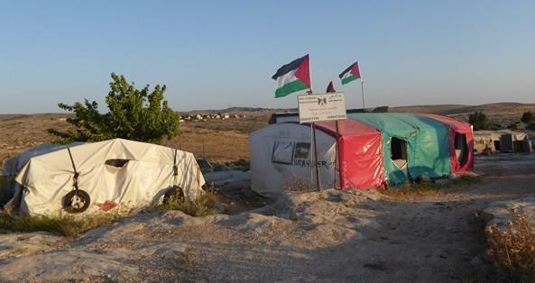 Tältet som avvarats för att vi följeslagare ska ha någonstans att sova när vi befinner oss i Susiya nattetid.