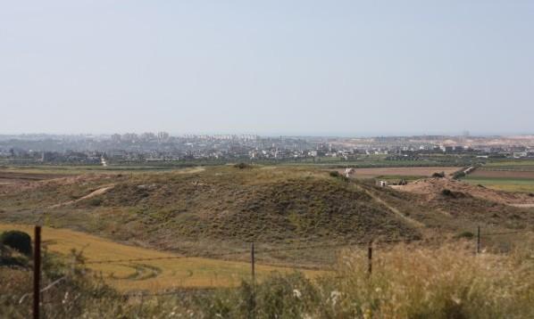 Från Sderot är det nära till Gaza. Vid gränsen mellan Israel och nord östra Gaza. Foto: Josefin H. Lämås.