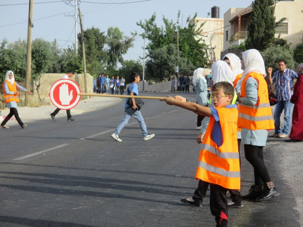 Tidig morgon utanför al-Khansaskolan.
