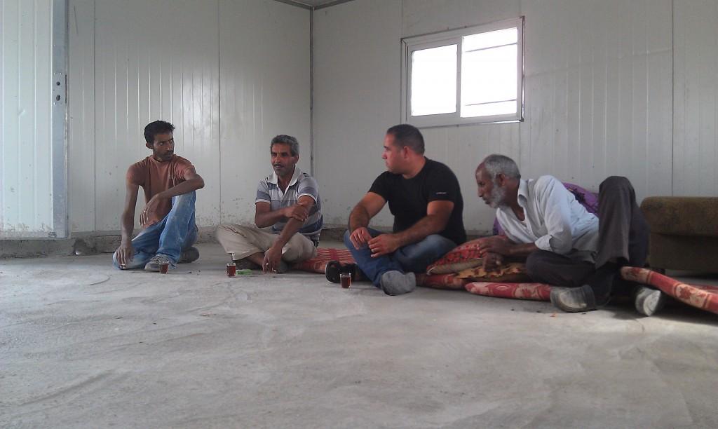 Attala Jahalin med familj är några av de 2300 beduiner som bor i E1-området öster om Jerusalem