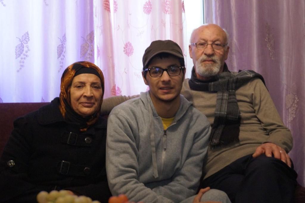 Oday och hans morföräldrar.