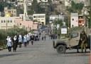 Vägkorsningen vid as-Sawiya där eleverna måste passera soldater på väg till skolan.