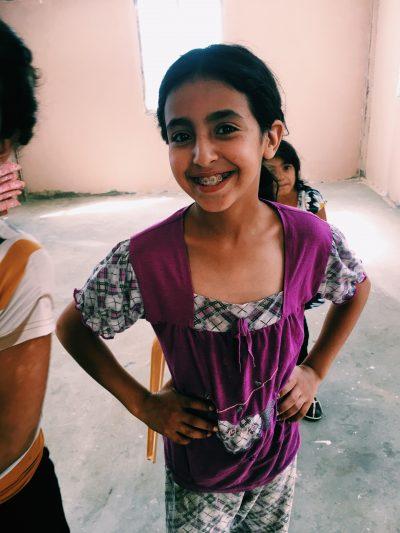 Tasleem, från al-Jabal ska ändra på att tjejer inte får göra lika mycket som killar. Foto: Johanna Svanelind